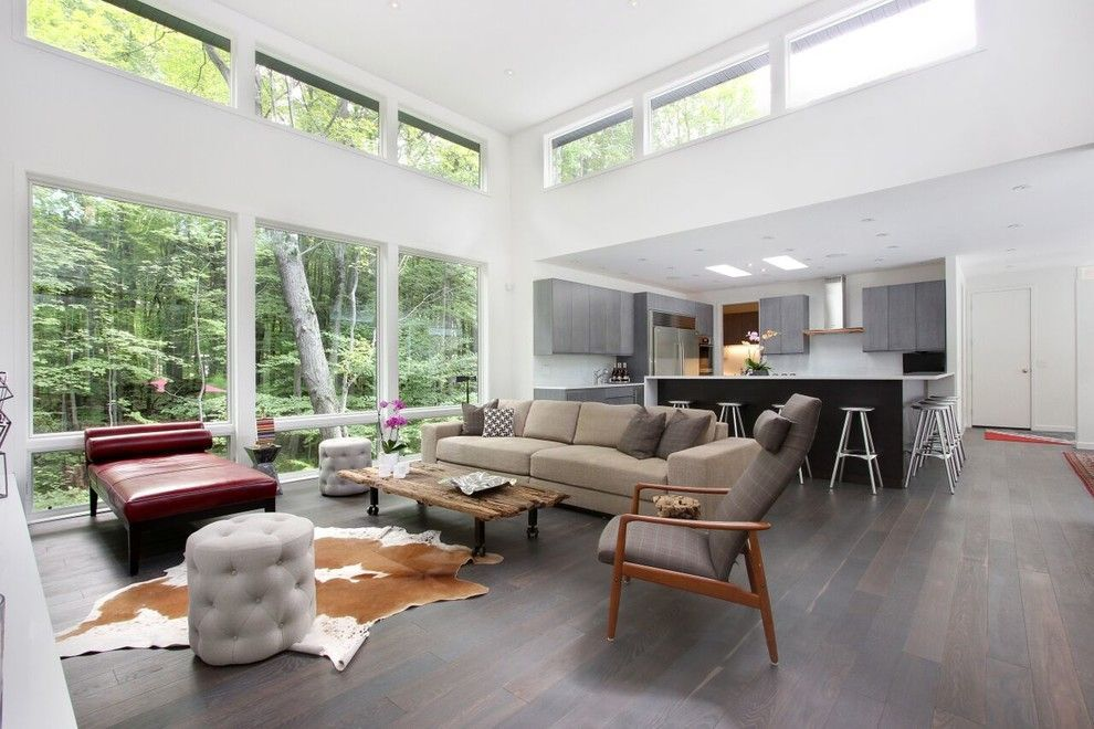 Clerestory Windows For A Contemporary Living Room With A White Oak And Soft Contemporary Home B Contemporary House House Decor Modern Contemporary Family Rooms