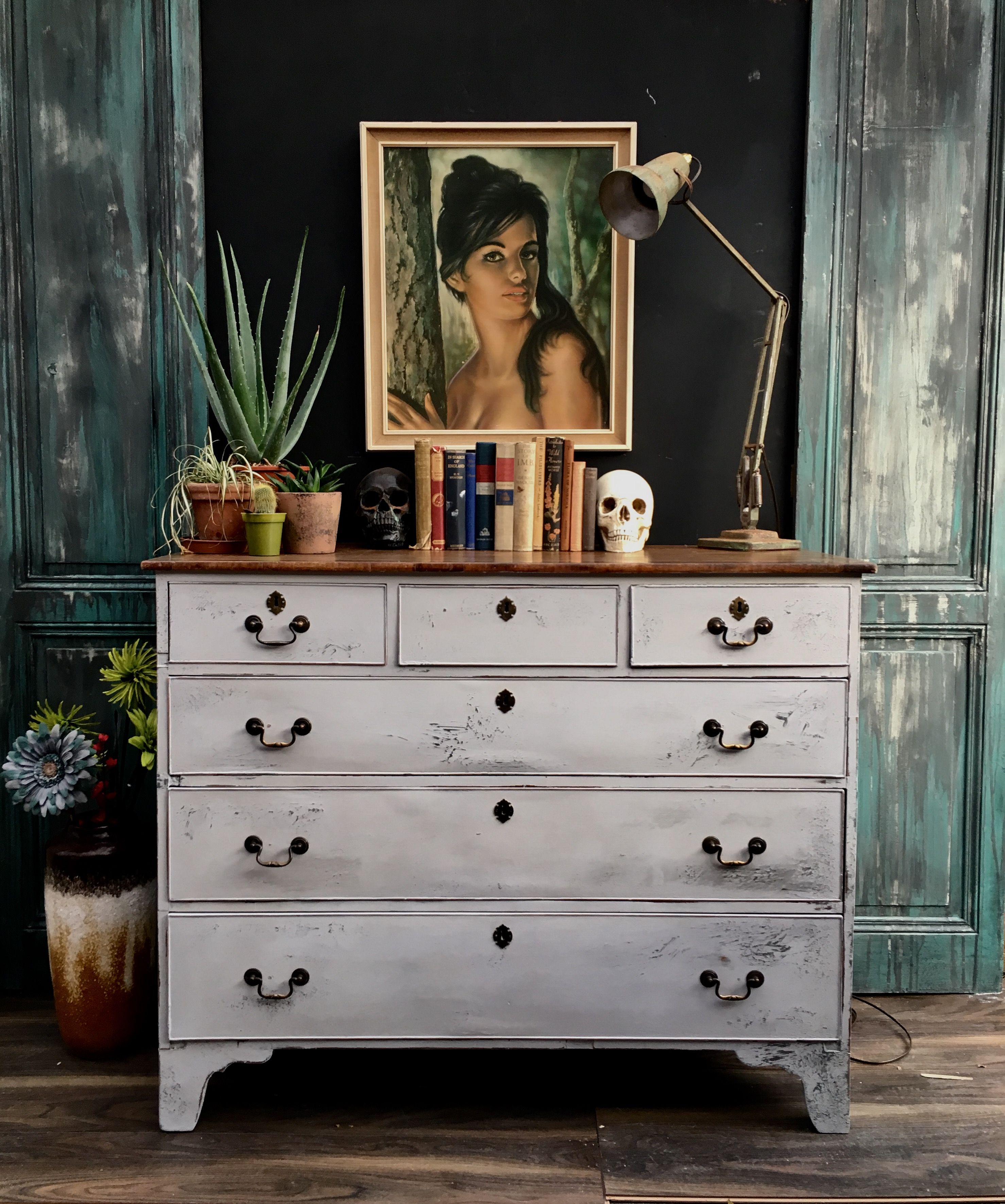 Country Gray Dresser A New Development To Share White Painted Bedroom Furniture Distressed Bedroom Furniture Wood Bedroom Furniture
