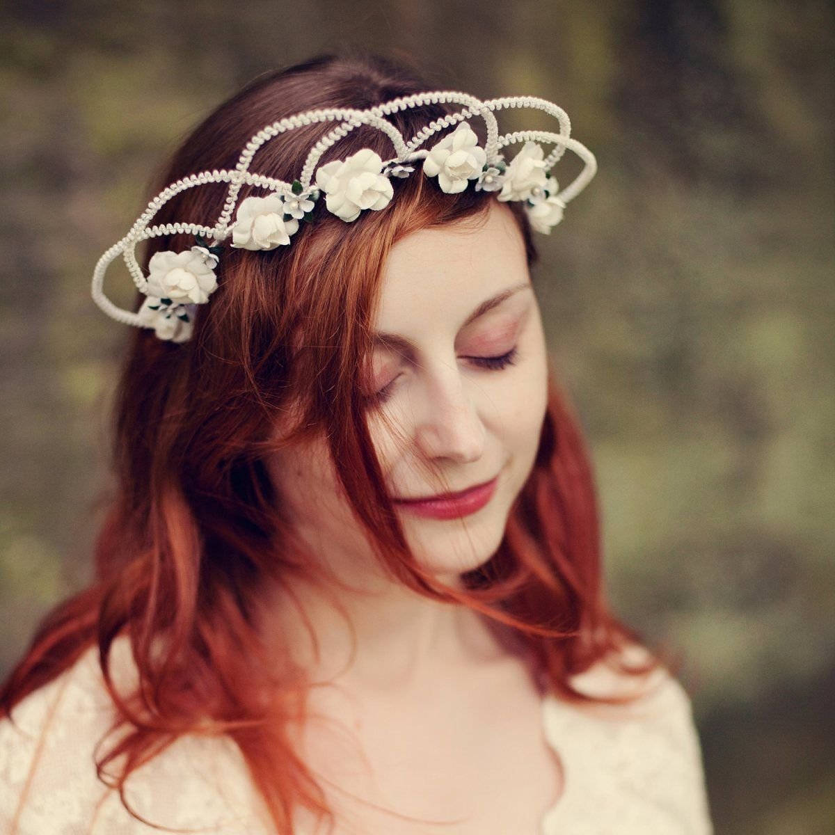 Floral tiara from whichgoose thefashionmedley w e d d i n g