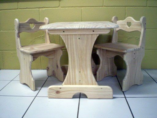 Woodworking Plans For Childrens Table And Chairs Wooden