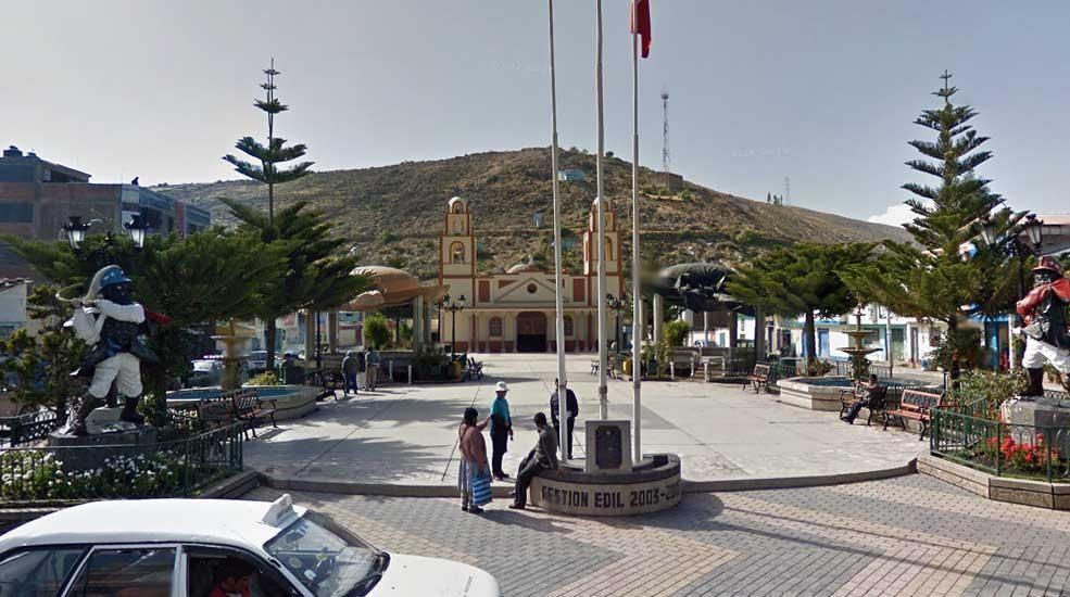 10 Nov | Aniversario del distrito de Huayucachi, provincia de Huancayo - Junín. Foto: Plaza de Armas de Huayucachi