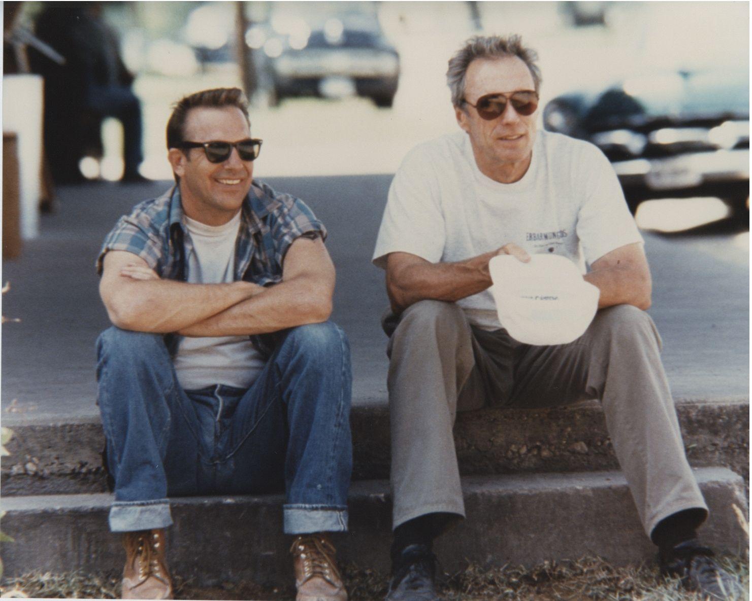 """Kevin Costner (l.) und Clint Eastwood (r.) beim Dreh von """"Perfect World"""""""