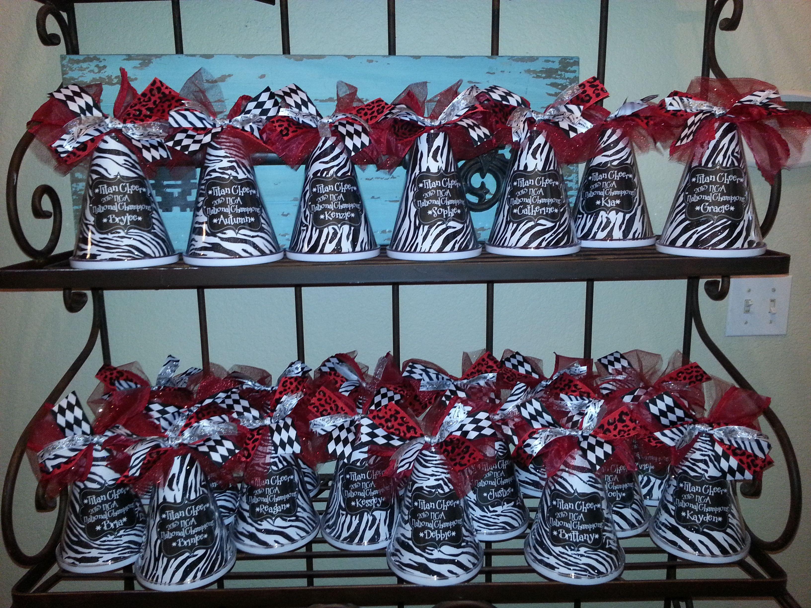 Lots of cheer megaphones for banquet cheerleading for Cheerleading decorations