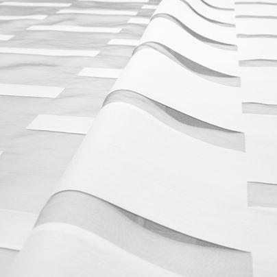 Bruno (visillo by Equipo DRT) sorprendente #tela doble tejido con transparencias positivo-negativo. http://equipo-drt.es/library/2241-bruno.html