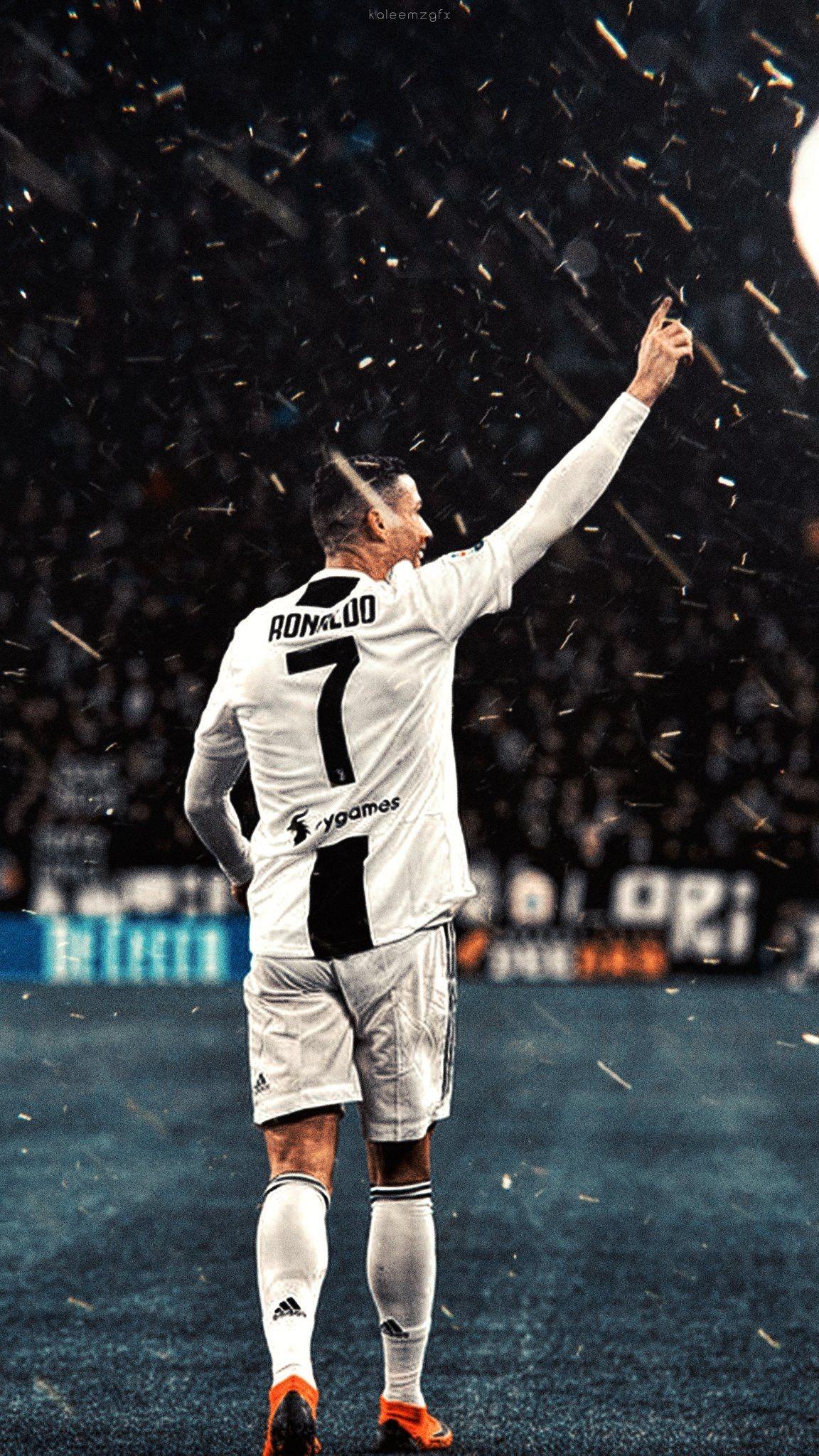 Idea by 𝚞𝚟 on CR7 Ronaldo