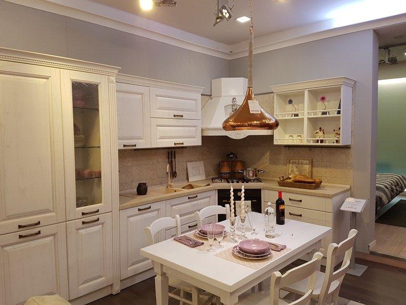 Cucina Classica Della Ditta Spar Modello Bilbao Finitura ...