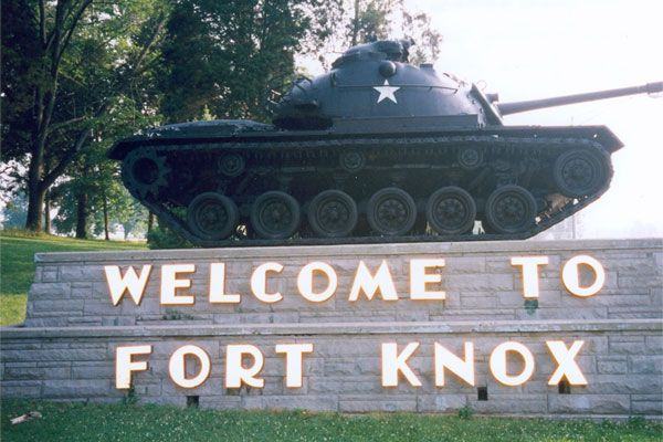 A deployment ceremony is planned for about 100 Fort Knox soldiers who are being sent to Afghanistan.