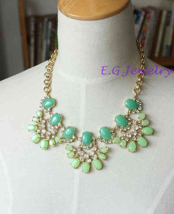 SpringGreen flower statement Necklacehandmade by Emilygaojewelry, $18.90