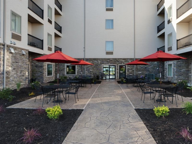 Photo Gallery Ohio Hotels Amish Country Hotel