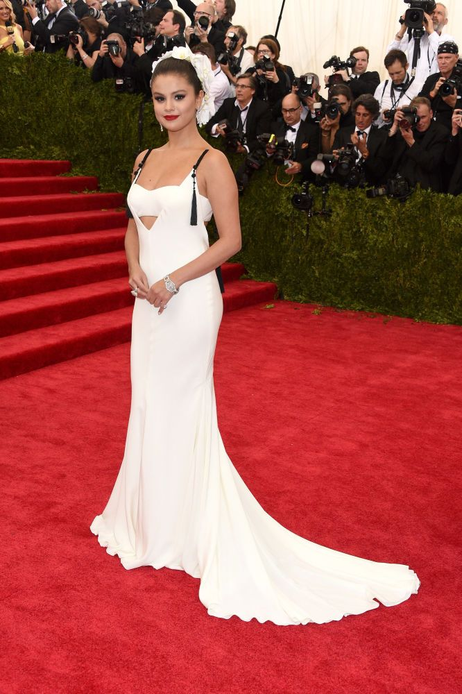 Selena Gomez in Vera Wang. Photo: Larry Busacca/Getty Images