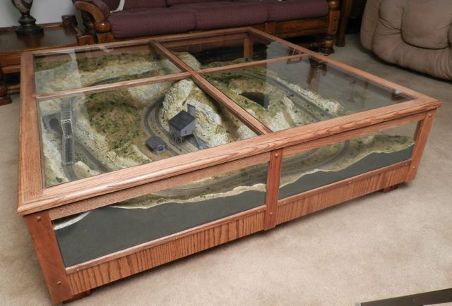 Coffee table model railroad model trains pinterest models coffee and model train Train table coffee table