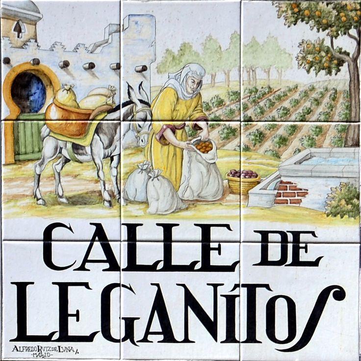 Resultado de imagen de azulejos calles de madrid leganitos