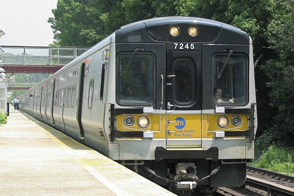 Bombardier Rail Vehicles M7s For Metro North Railroad Metro North Railroad Long Island Railroad Commuter