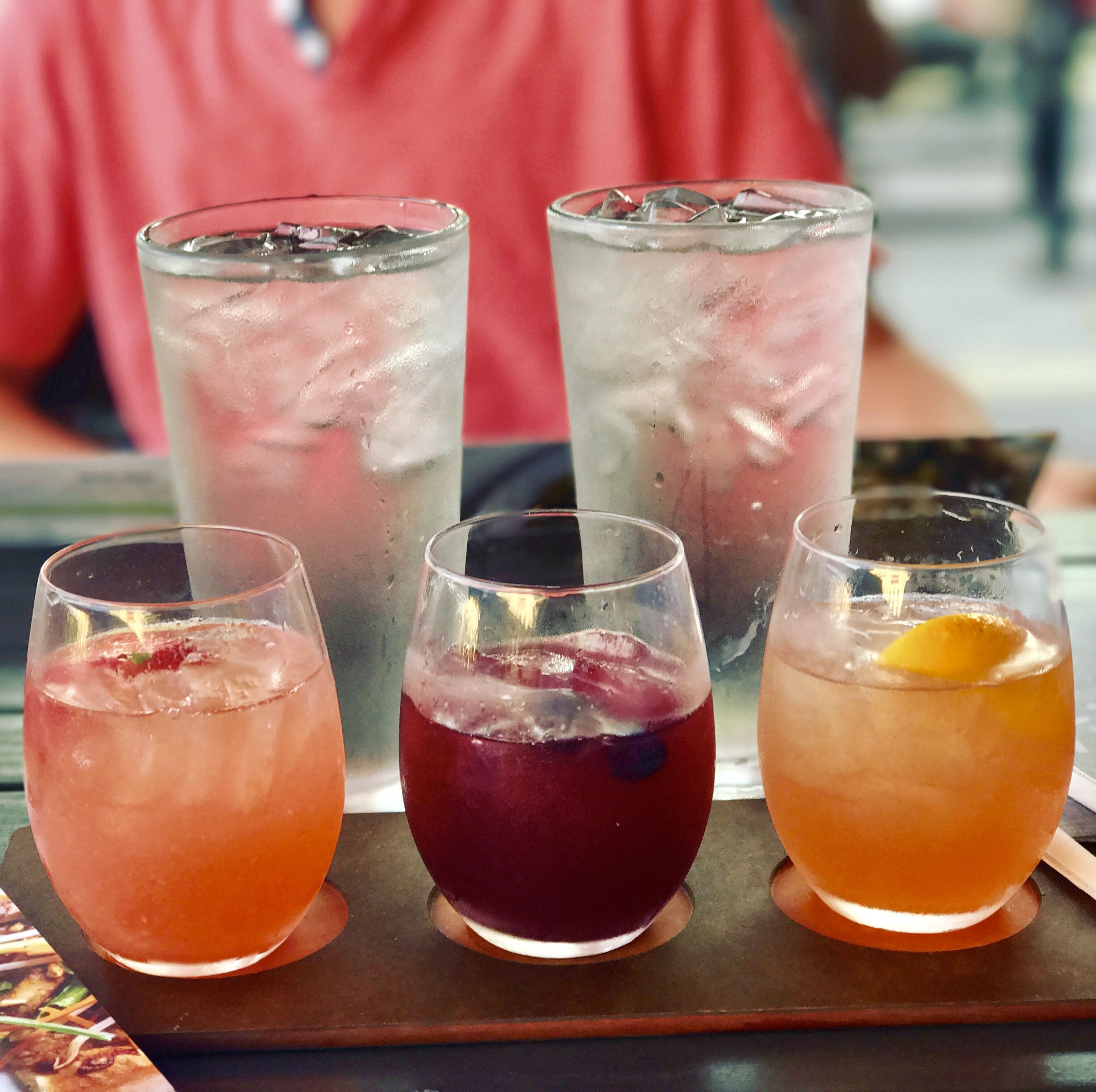 Sangria Flight From California Pizza Kitchen Beehive Sangria A Blend Of White Wine Cointreau Monin Lavender Syrup Perfe Sangria Recipes Yummy Drinks Food