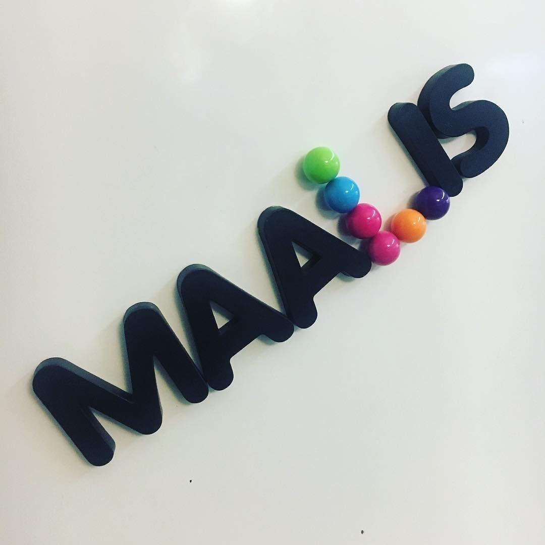 Nyt jo  #maaliskuu #march #aikakuluu #magneetit #magnet #magnetboard #jääkaappimagneetti #tuunaus #diy #tuunattu #crafts