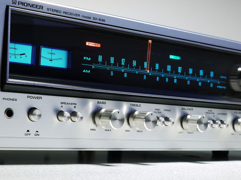 Pioneer SX 636 Stereo Receiver | Stereo, Amplifiers, Decks