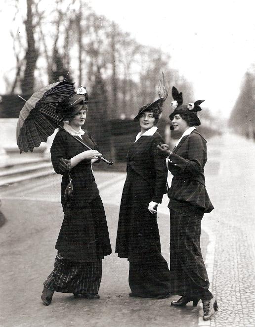 — Mid 1910s fashion