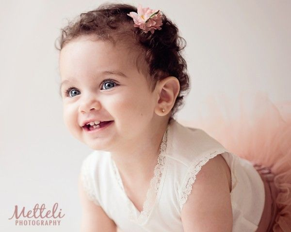 85295a1b128ac7bed3e43b4f21e7f96f - How To Get A Toddler To Smile For Pictures