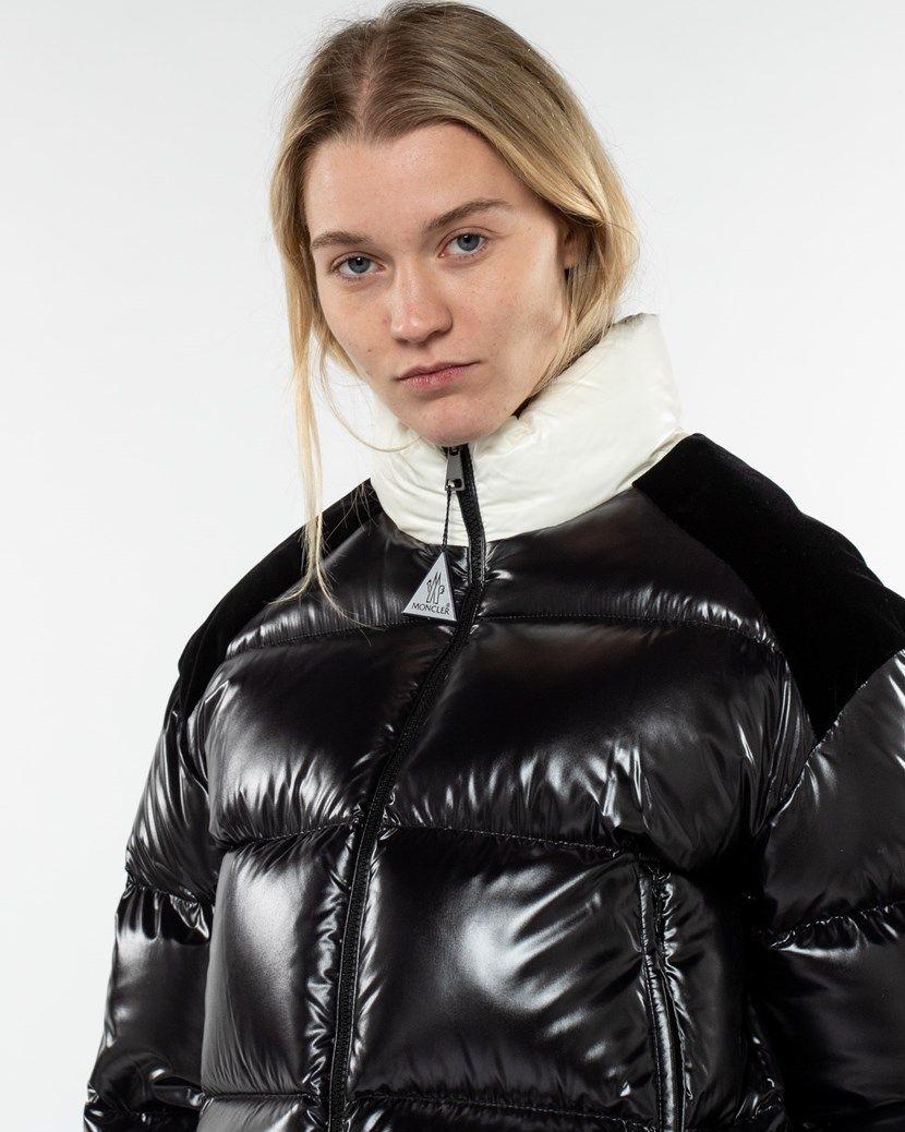 Chouelle Giubbotto In 2021 Moncler Women Outerwear Women Moncler Jacket [ 1038 x 830 Pixel ]