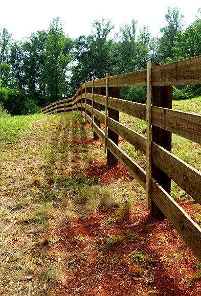 4 Rail Rough Sawn Pasture Fence Without Wire Fence Attached