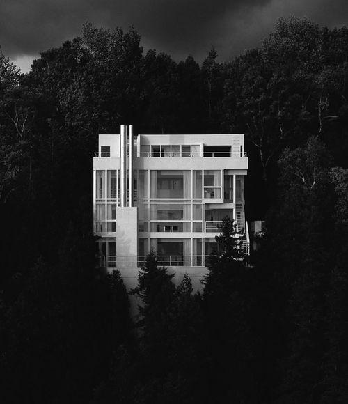 Douglas House, Richard Meier