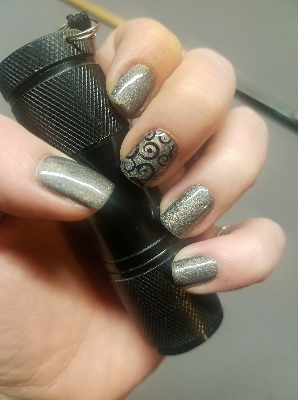 Salon Perfect - Don't Give a Glam   Best nail polish, Cute ...