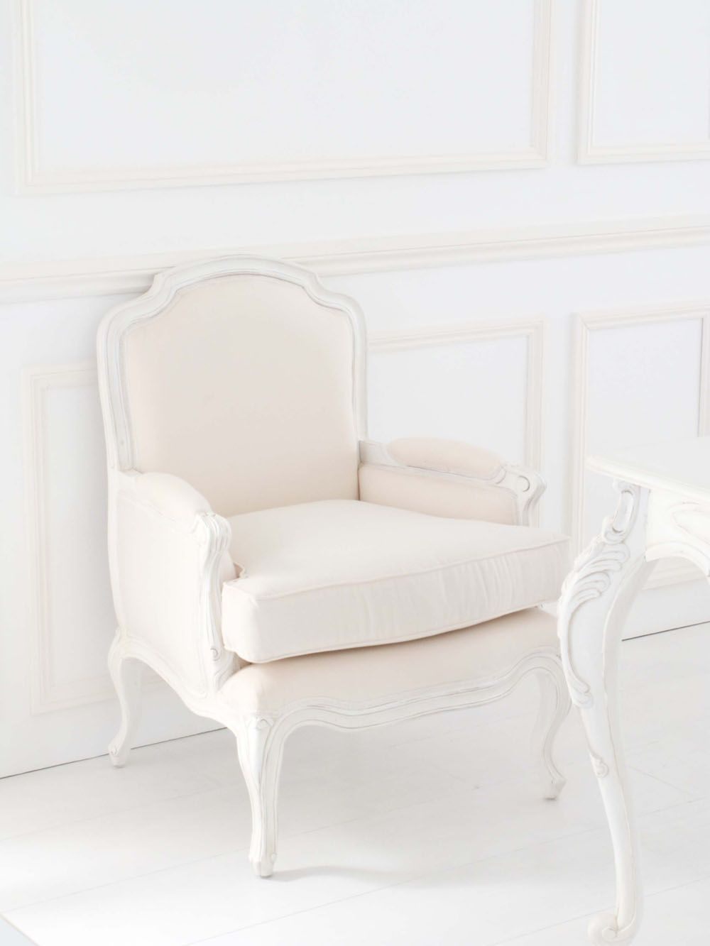 nice small seat, good colour