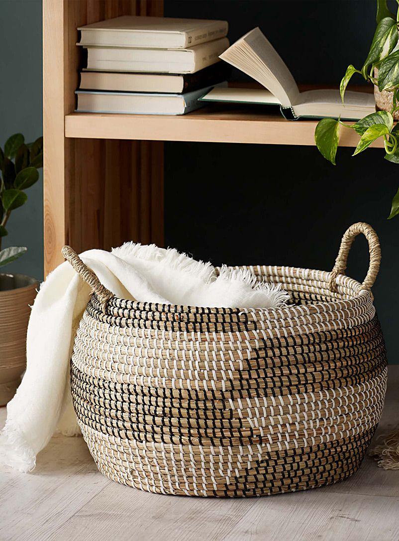 Round seagrass basket in 2020 Seagrass basket, Basket