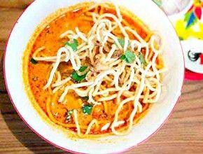 resep masakan mie telur saus kari pedas ala thailand khao soi paling