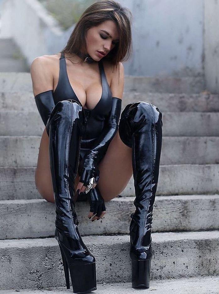 overknee nackt in boots girls Hot