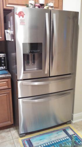 Whirlpool 24 5 Cu Ft French Door Refrigerator In Monochromatic