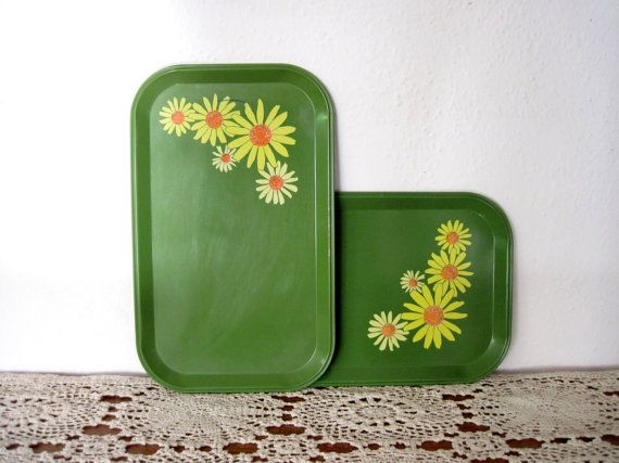 Vintage Serving Tray - Set of Two - Snack Tray - Cheese and Crackers - Retro - Floral Daisies
