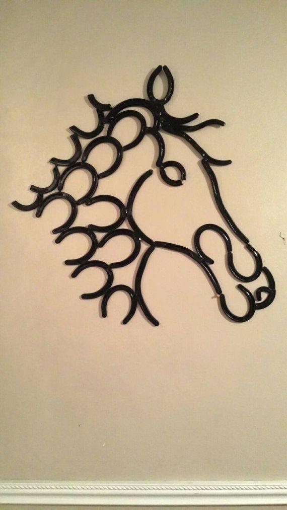 Horseshoe Horse Head Wall Sculpture By Cowboyshorseshoes On Etsy Arte De Herradura Artesanias Metálicas Decoracion Marcos De Fotos