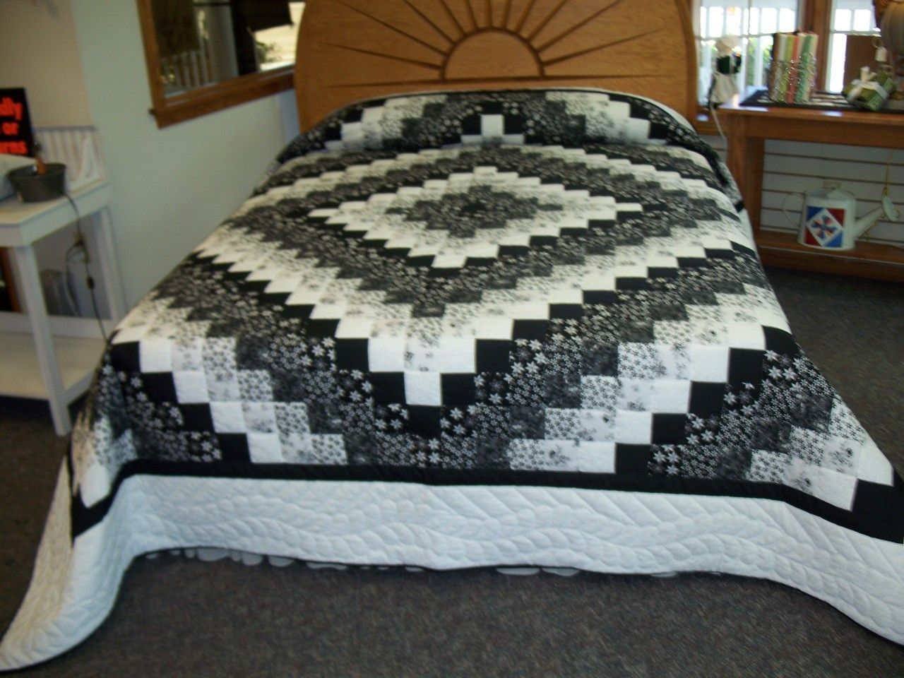 Black and white quilts u2013 google search finally for Black white and gray quilt patterns
