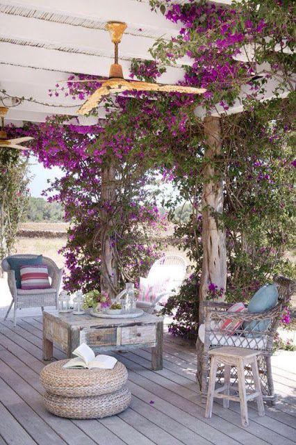 Home tour patio in pietra terrazza arredamento e giardino for Giardino e arredamento esterni