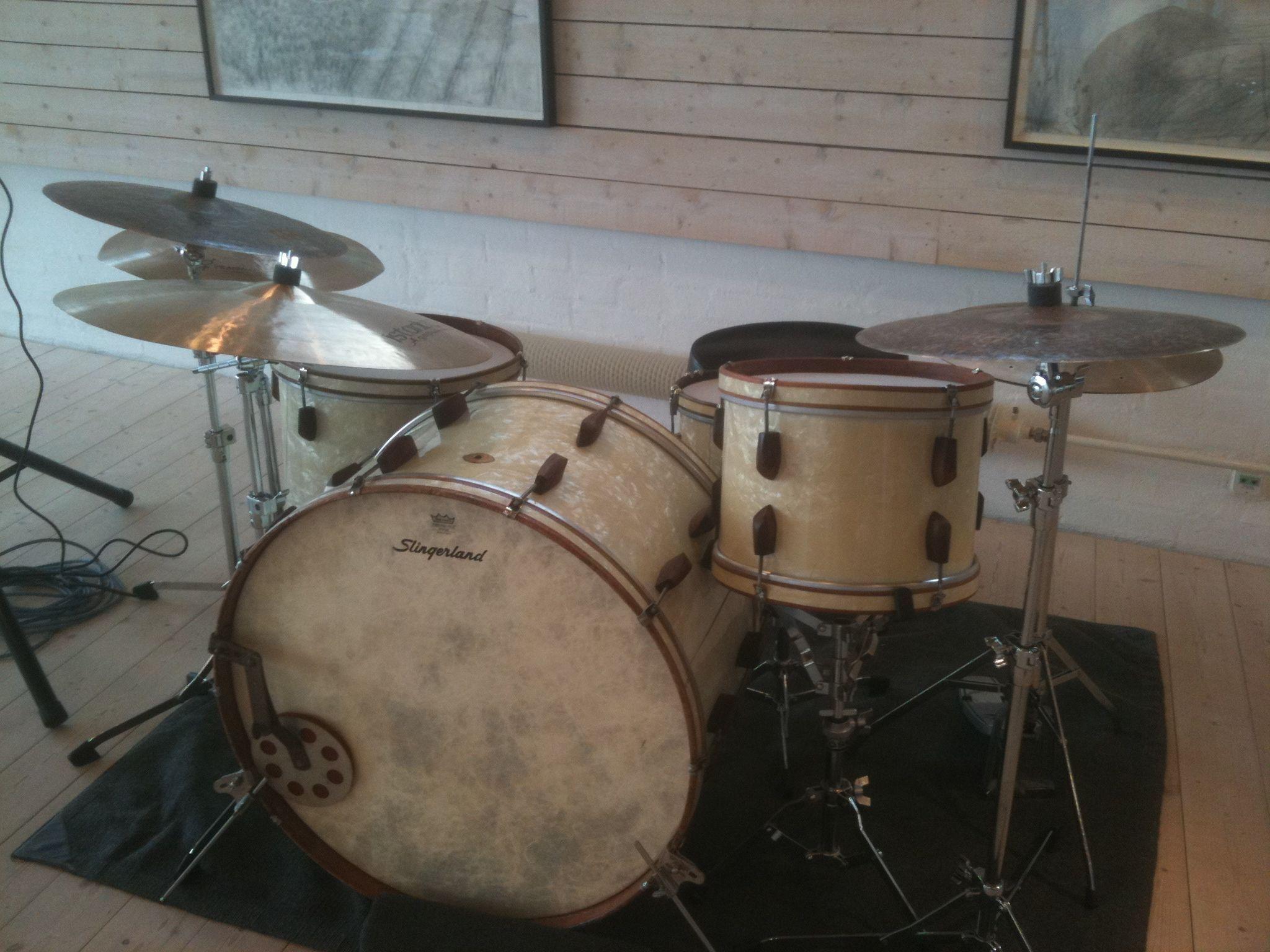 slingerland rolling bomber 1942 setup ideas in 2019 ludwig drums vintage drums drums. Black Bedroom Furniture Sets. Home Design Ideas