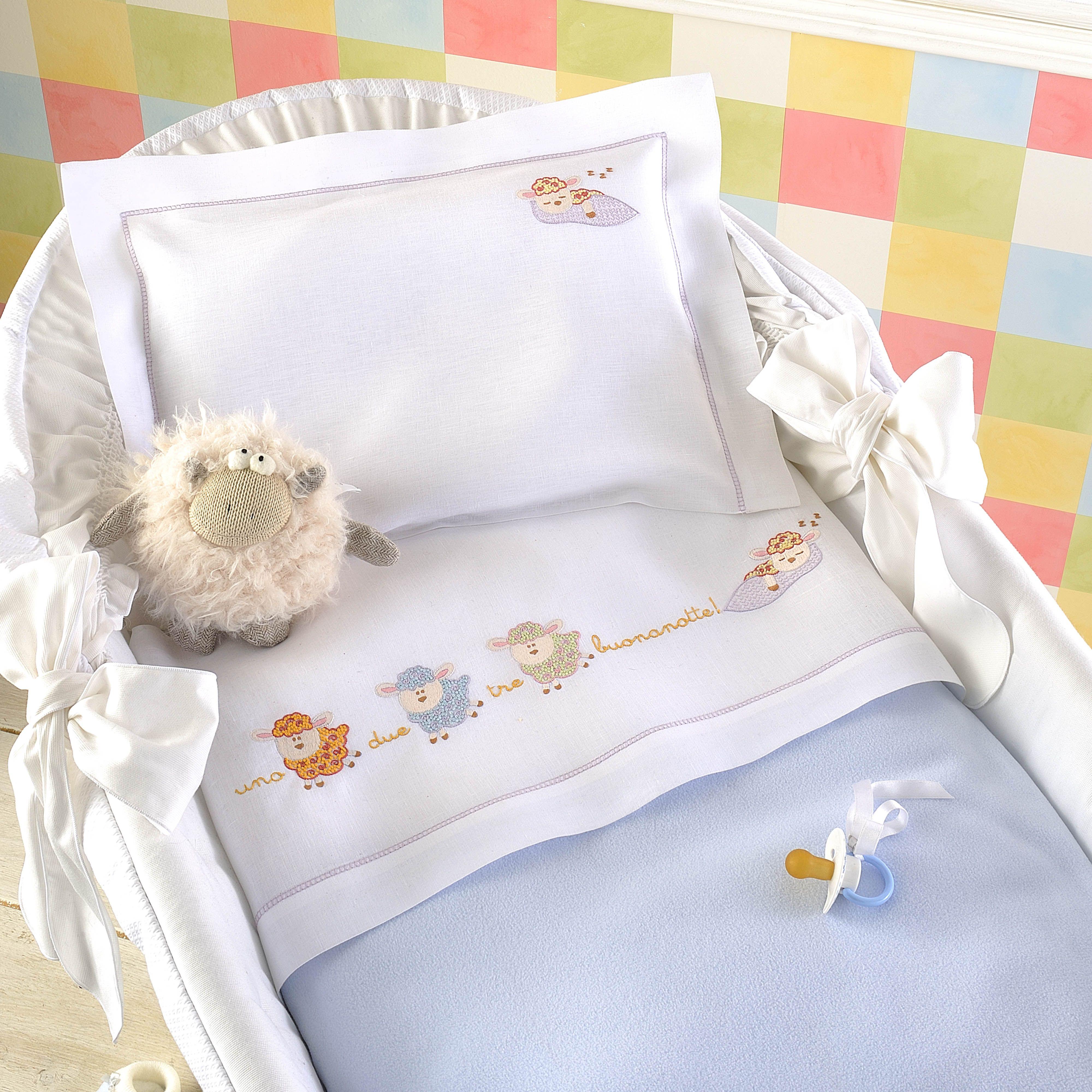 Pecorelle ricamo lenzuolino neonato ricamo neonato e ricamo for Lenzuolini punto croce per bambini