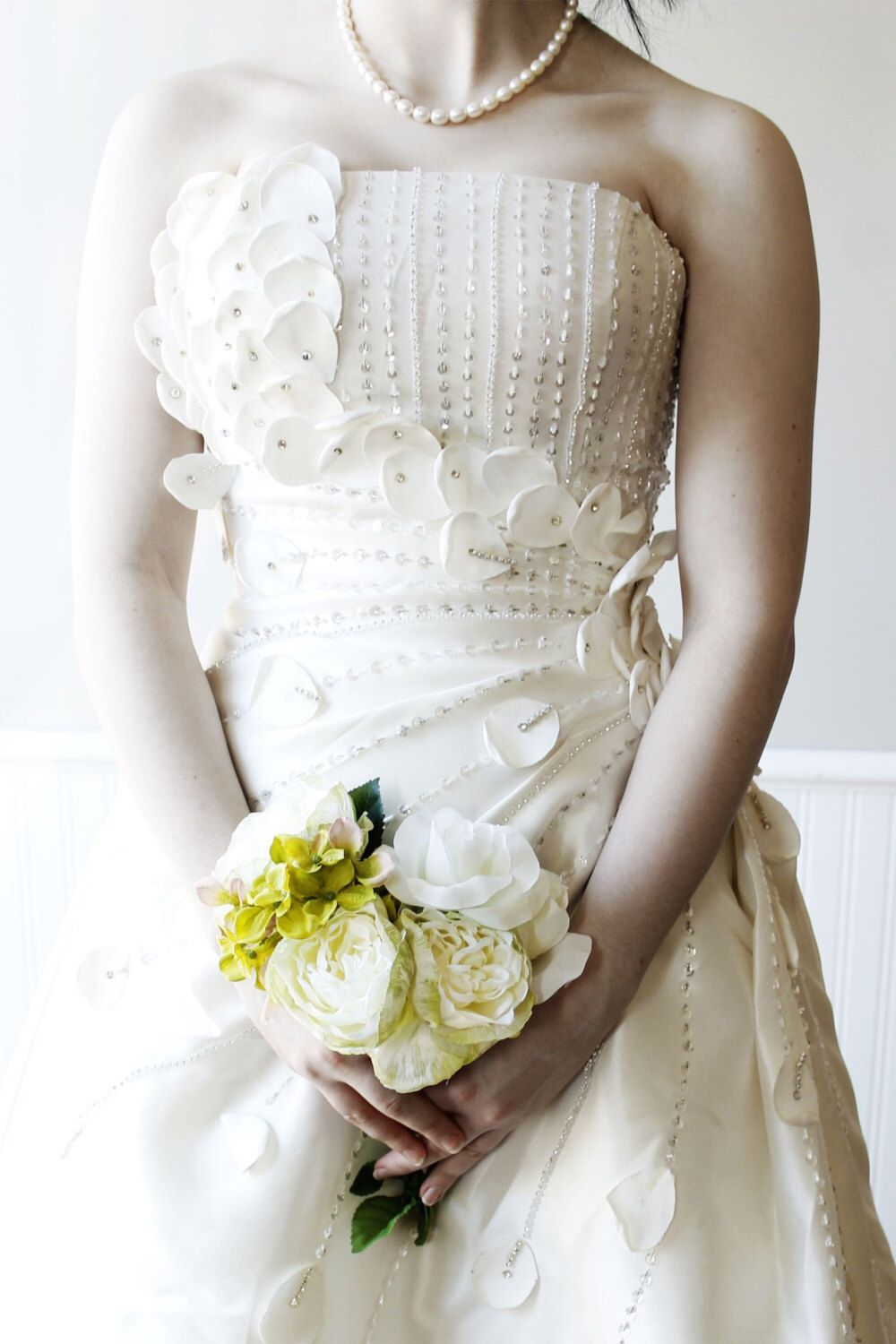 Sample sale flower fairy wedding bridal dress with bling for a