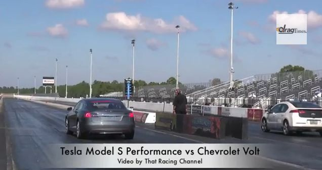 Video Tesla Model S Takes On Chevy Volt In 1 4 Mile Drag With Images Chevy Volt Tesla Model S Tesla