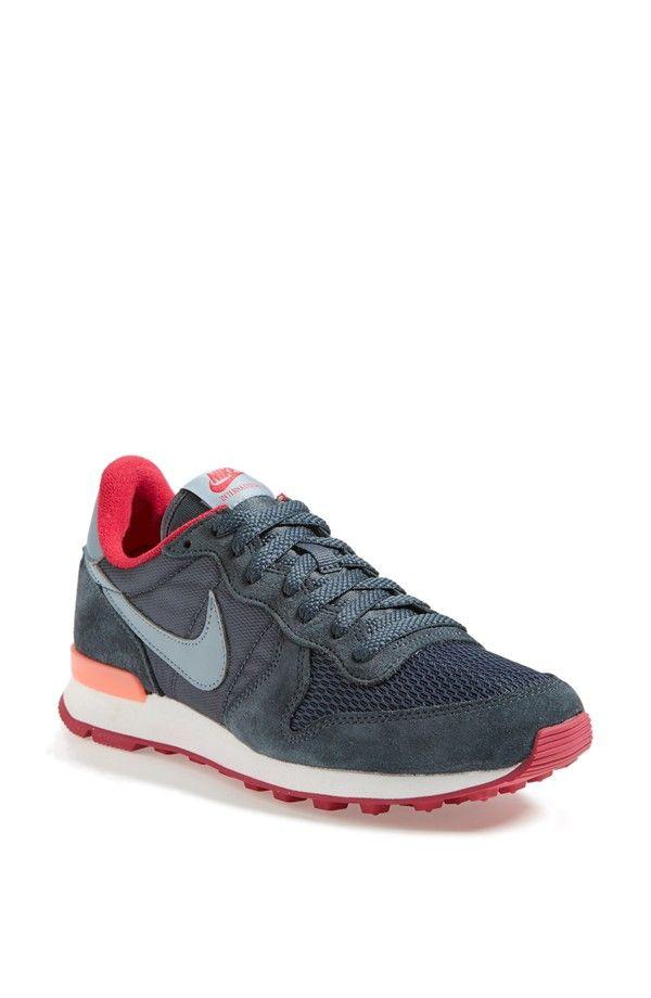 Women S Boots Nike Internationalist Turnschuhe Damen Turnschuhe Nike