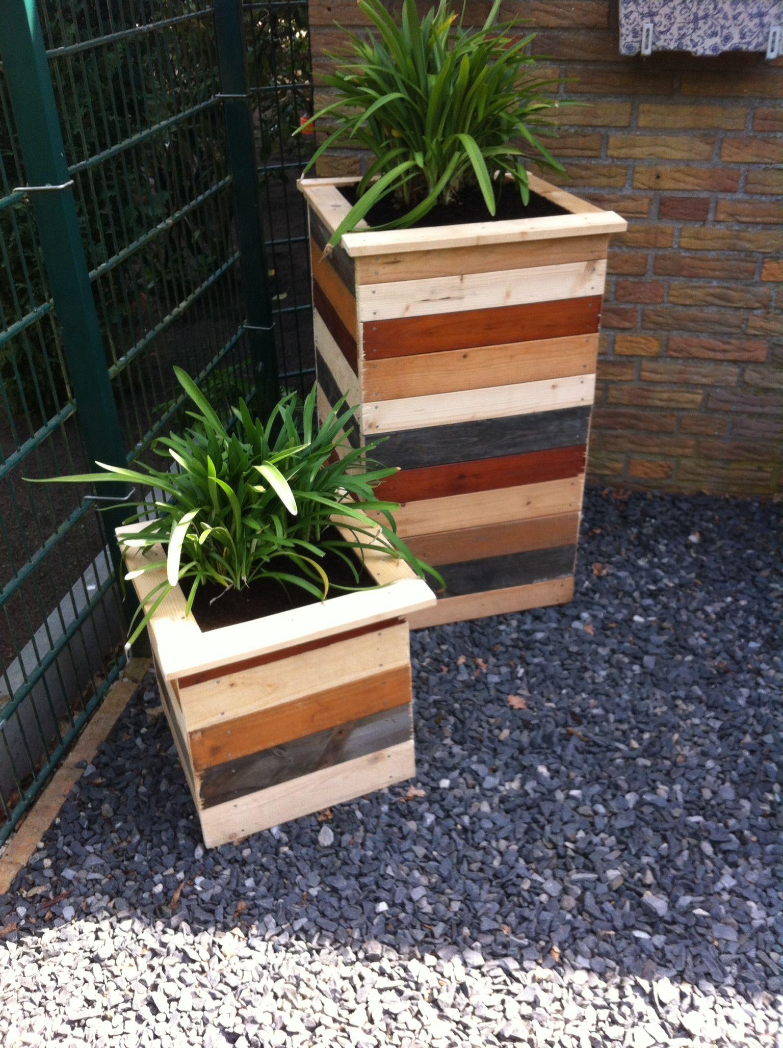 Grosse Blumenkubel Aus Holz Selber Bauen Diese Pflanzkubel