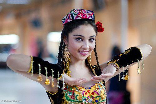 Уйгурский девушка секс