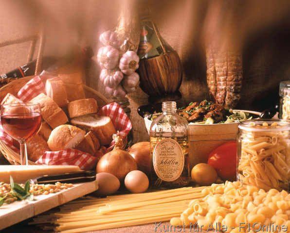 Italienische Spezialitäten, Spaghetti, Olivenöl, Nudeln, Pasta