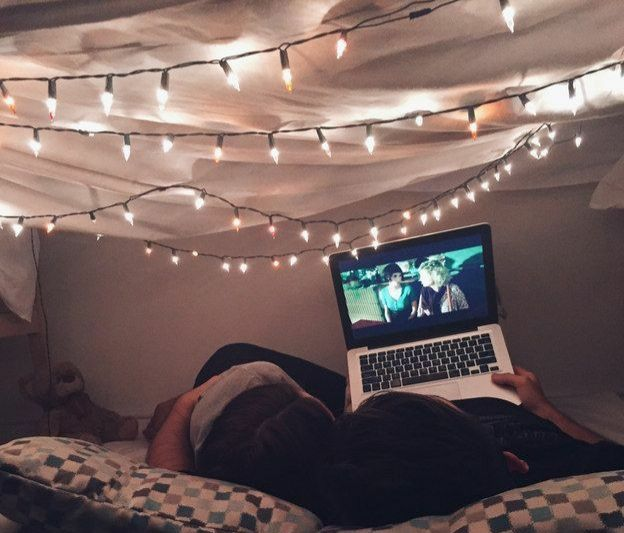 15 Wonderful Stay-at-Home Winter Date Night Ideas