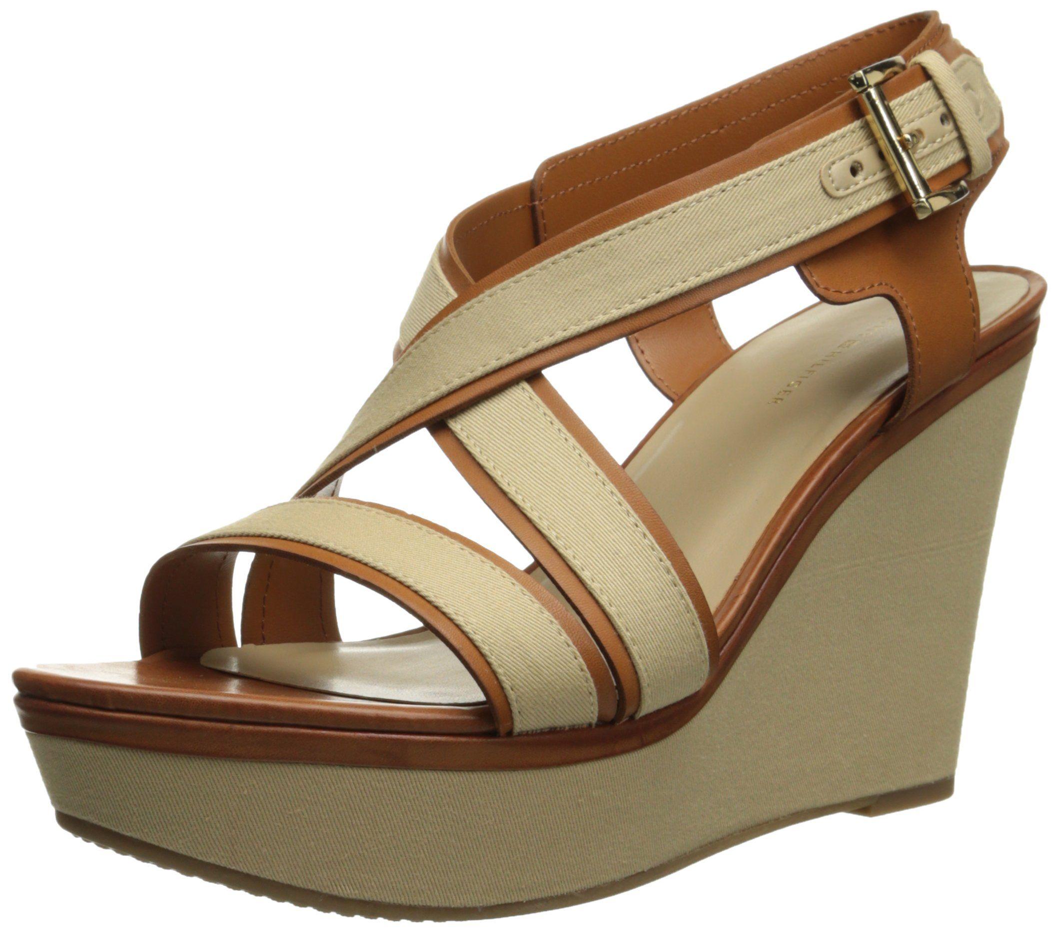 546110824e7f3 Amazon.com: Tommy Hilfiger Women's Safiah Wedge Sandal: Clothing ...