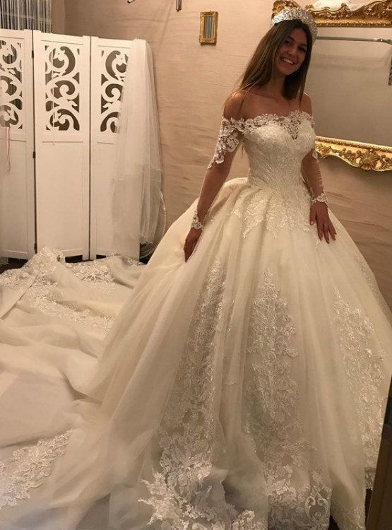 Royal Train Off Shoulder Wedding Dress With Lace Appliques