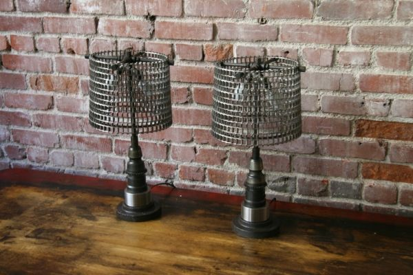 These lamps are made out of old conveyor belt parts. I've been eyeing them for some time. They'll be mine soon.