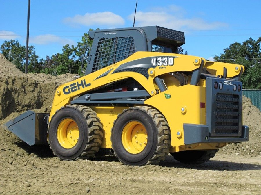 Gehl Launches V270 And V330 GEN 2 Skid Steers With Vertical