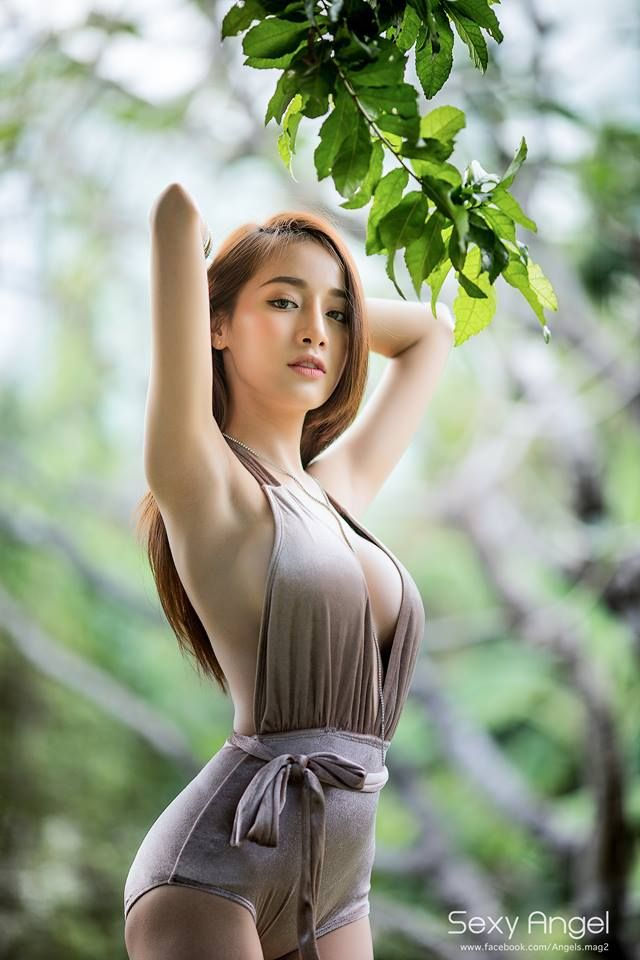 nude-thai-hot-female-star-girl-hard