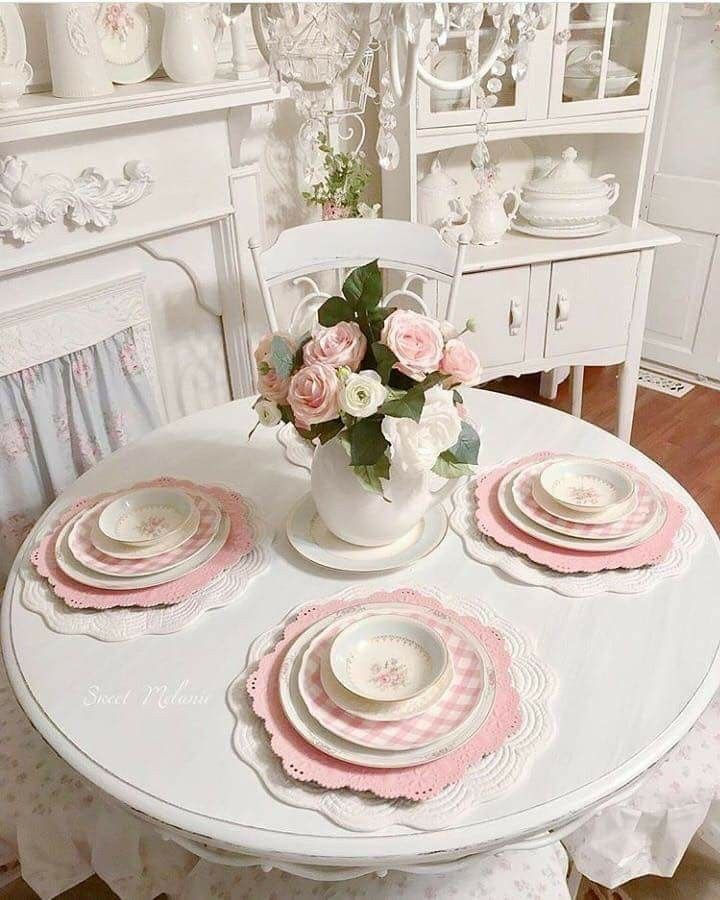 Shabby Chic Kitchen Table Centerpieces: Pink & White Table Setting